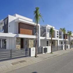Modern Four Bedroom Villa In Larnaca